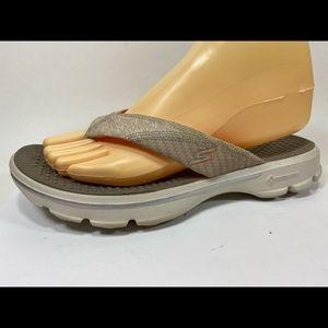 Skechers GoWalk Flip Flops Sandals 8